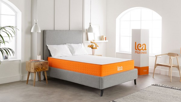 The Premium is our flagship mattress in a box product and it combines the best of foam and pocket spring technology to offer you the perfect combination of support and comfort - and the ultimate sleeping experience.