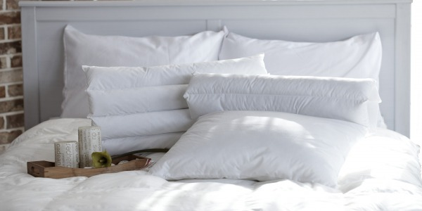 How many pillows should you sleep with at night?